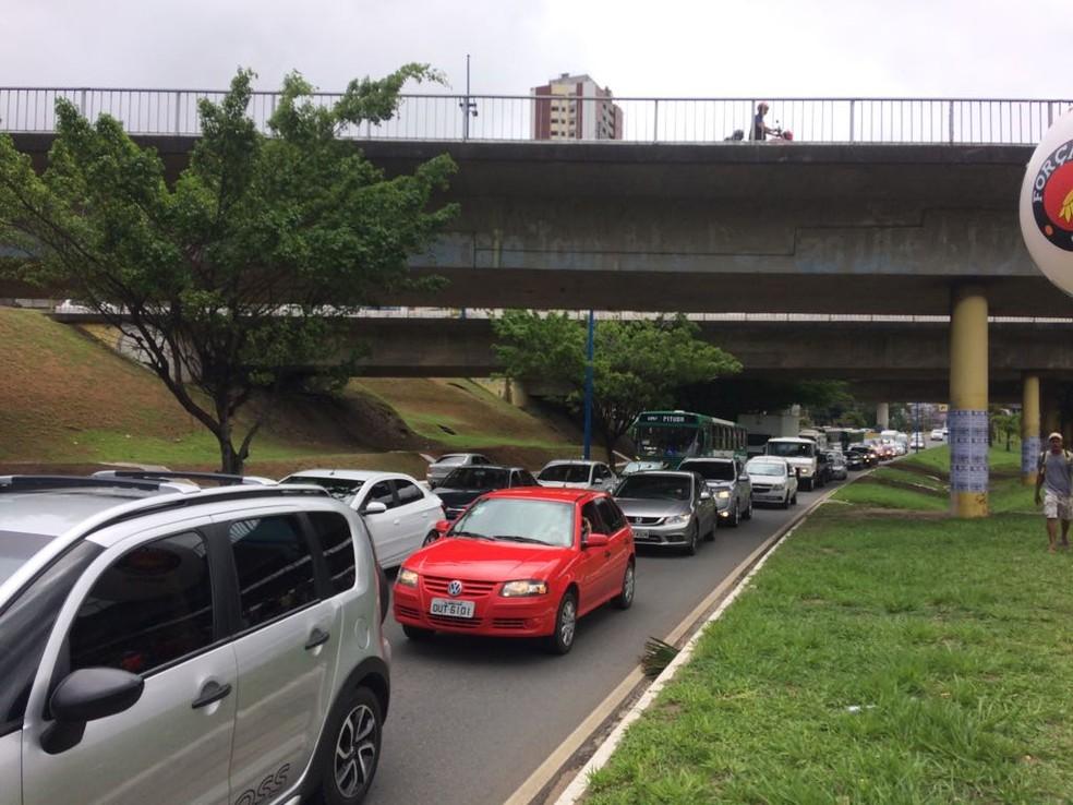 Proprietários de veículos devem ficar atentos aos prazos de pagamento (Foto: Juliana Almirante/G1 Bahia)