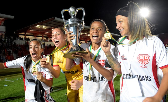 Grazi Corinthians/Audax comemoração da Copa do Brasil de Futebol Feminino (Foto: Rodrigo Corsi/FPF)