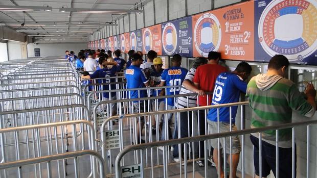compra ingresso cruzeiro mineirão (Foto: Tarcísio Badaró)