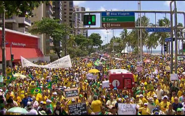 ato em Pernambuco (GloboNews)