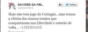 Twitter Gaviões presos oruro (Foto: Reprodução / Twitter)