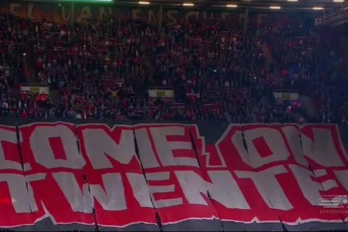 Torcida Twente (Foto: Reprodução / SporTV)