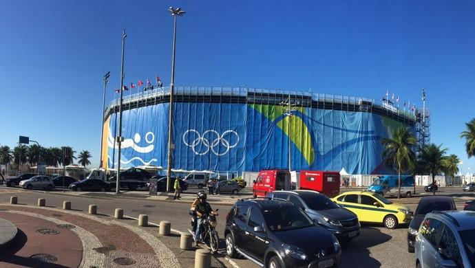 Arena de Vôlei de Praia ganha sua roupagem externa completamente (Foto: Gabriel Fricke)