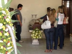 Família afirma que notebook de vítima foi levado, em Piracicaba (Foto: Edijan Del Santo/EPTV)