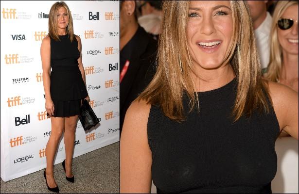 Em setembro, Jennifer Aniston deixou o sutiã em casa e usou uma blusa preta bem reveladora no Festival Internacional de Cinema de Toronto, no Canadá. (Foto: Getty Images)