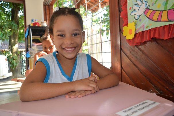 Maria Eduarda Nunes, tem 5 anos, e adora matemática  (Foto: Divulgação/TV Sergipe)