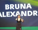 """Antes de pôr """"raquete de férias"""", Bruna Alexandre disputa seletiva olímpica"""