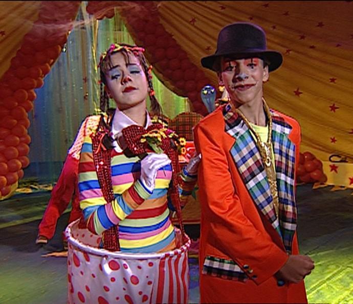 Sandy e Junior de palhaços - Vídeo Show (Foto: Vídeo Show / TV Globo)