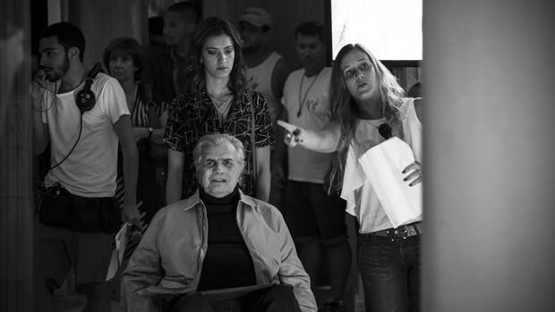 'A Lei': equipe homenageia Tarcísio em última gravação (Raphael Dias)