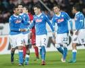 Higuaín marca, e Napoli goleia na Liga Europa com passe de ex-vascaíno