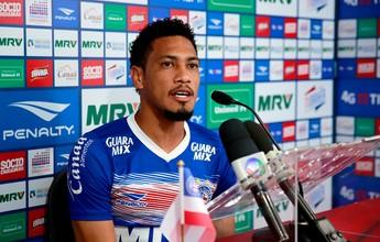 "Hernane descarta sair do Bahia: ""Tive proposta, mas abracei o projeto"""