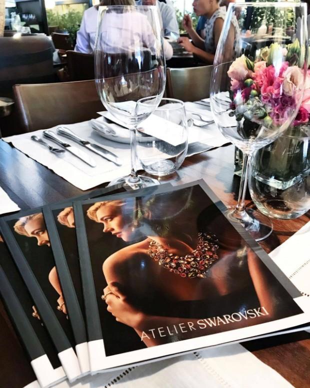 Confraternização entre Swarovski e Marie Claire aconteceu no restaurante Piselli Sud (Foto: Reprodução / Instagram)