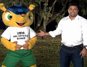 Ronaldo e tatu bola (só usar depois do FANT) (Foto: Reprodução / TV Globo)