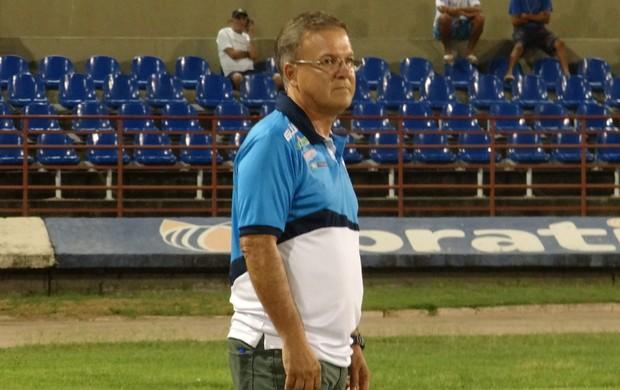 Treinador do CSA, Beto Almeida (Foto: Caio Lorena / Globoesporte.com)