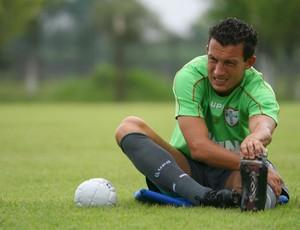 Gustavo em treino da Portuguesa (Foto: Anderson Rodrigues / Globoesporte.com)