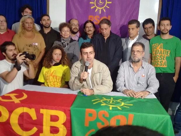 Marcelo Freixo em entrevista coletiva sobre sua candidatura a prefeito do Rio (Foto: Nicolás Satriano/G1)