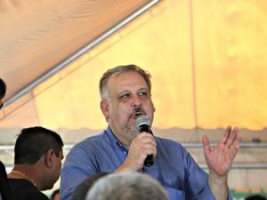 Ministro Ricardo Berzoini participou de mobilização nacional contra o Aedes aegypti (Foto: Suelen Gonçalves/G1 AM)