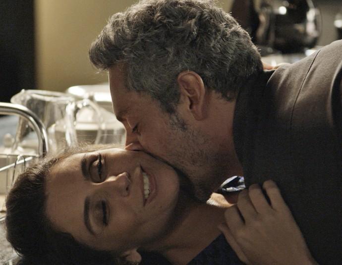 Mais cedo, o casal inaugurou o apartamento novo em grande estilo (Foto: TV Globo)
