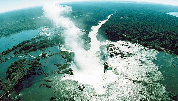 Bom Dia Brasil Cataras do Iguaçu (Foto: Reprodução/ Site Oficial Parque Nacional do Iguaçu)