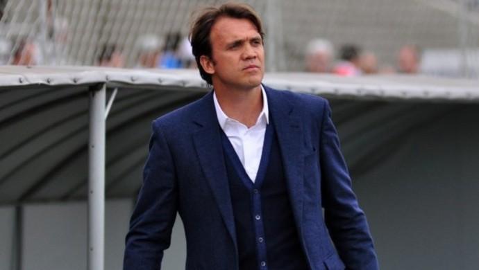 Petkovic, técnico do Atlético-PR, na Vila Capanema (Foto: Site oficial do Atlético-PR/Divulgação)