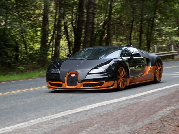 auto esporte sucessor do bugatti veyron o mais r pido do mundo ser o chiron. Black Bedroom Furniture Sets. Home Design Ideas