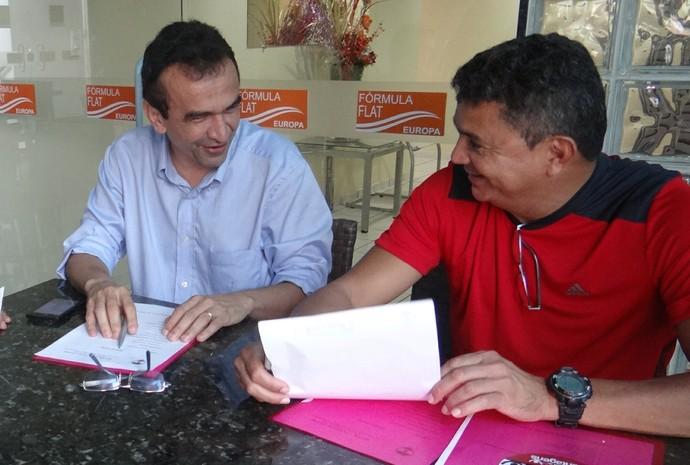 Flávio Araújo e Elizeu Aguiar (Foto: Erica Paz/River AC)