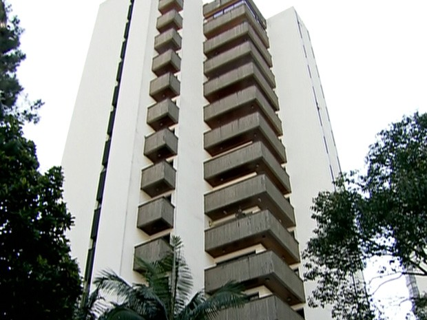 Prédio de luxo está localizado em Avenida de Moema, na Zona Sul (Foto: Globo News/Reprodução)