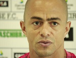Julio Cesar, atacante do Figueirense (Foto: Luiz Henrique, FFC)