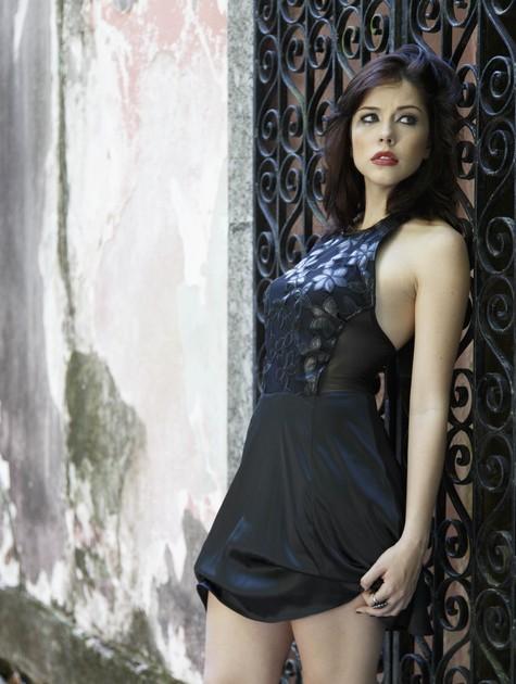 Bia Arantes voltará à TV em Babilônia (Foto: Divulgação)