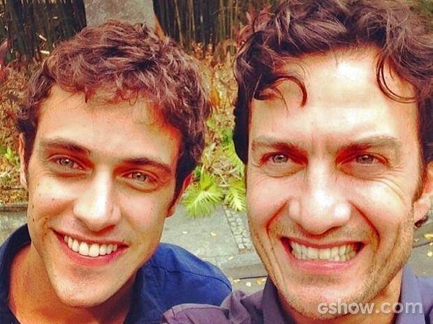 Ronny Kriwat e Gabriel Braga Nunes abriram o sorrisão nos bastidores para a foto (Foto: Arquivo Pessoal)