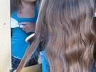 Criança deixa cabelo crescer para doá-lo a hospital do câncer em SP