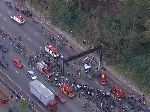 Acidente no Anel Rodoviário (Foto: Reprodução  / TV Globo)