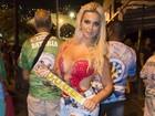 Veridiana Freitas, musa da Rocinha, diz não saber sambar: 'Vou fazer carão'