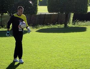 deola, novo goleiro do vitória (Foto: Raphael Carneiro/Globoesporte.com)