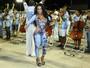 Rainha de bateria Raíssa de Oliveira, vai a ensaio da Beija-Flor sem calcinha