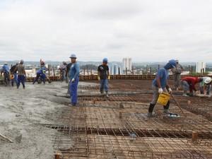 Construção civil abre vagas de emprego em Jacareí. (Foto: Alex Brito/PMJ)