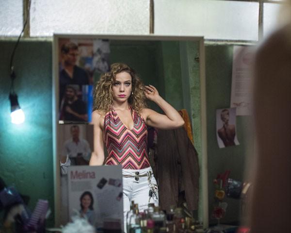 Os cachos de Kellen, personagem de Leandra Leal (Foto: Divulgação TV Globo)