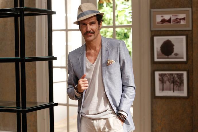 Nicola Siri será Giancarlo, diretor de comerciais (Foto: Raphael Dias / Gshow)
