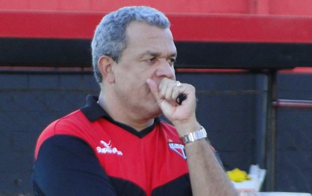 Hélio dos Anjos, técnico do Atlético-GO (Foto: Divulgação / Atlético-GO)