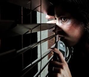 Em 70% das denúncias neste ano, os companheiros e cônjuges são os agressores (Foto: Shutterstock)