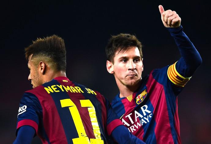Messi e neymar comemora gol do Barcelona contra o Elche (Foto: Getty Images)