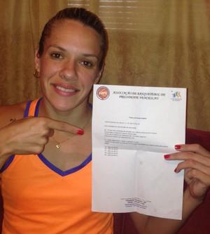 Amadora Natália Burian mostra lista de treino de férias (Foto: Natália Burian / Arquivo pessoal)