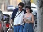 Sem suposto anel de noivado, Katy Perry passeia com John Mayer
