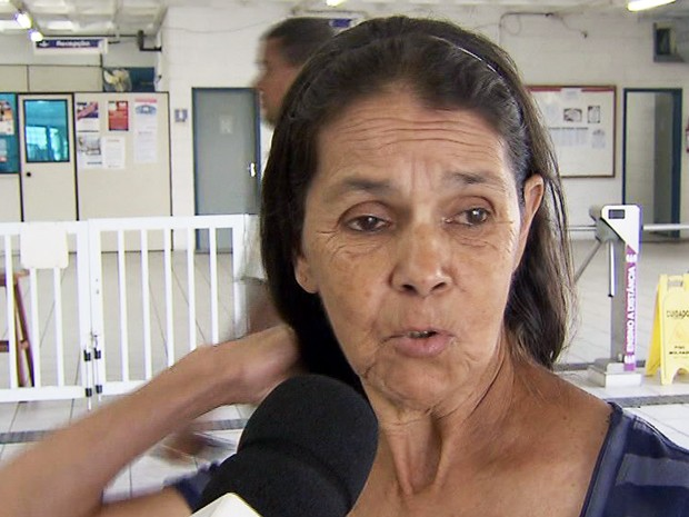 Mulher feita refém diz que criminosos puxaram seu cabelo em Santos, SP (Foto: Reprodução/TV Tribuna)