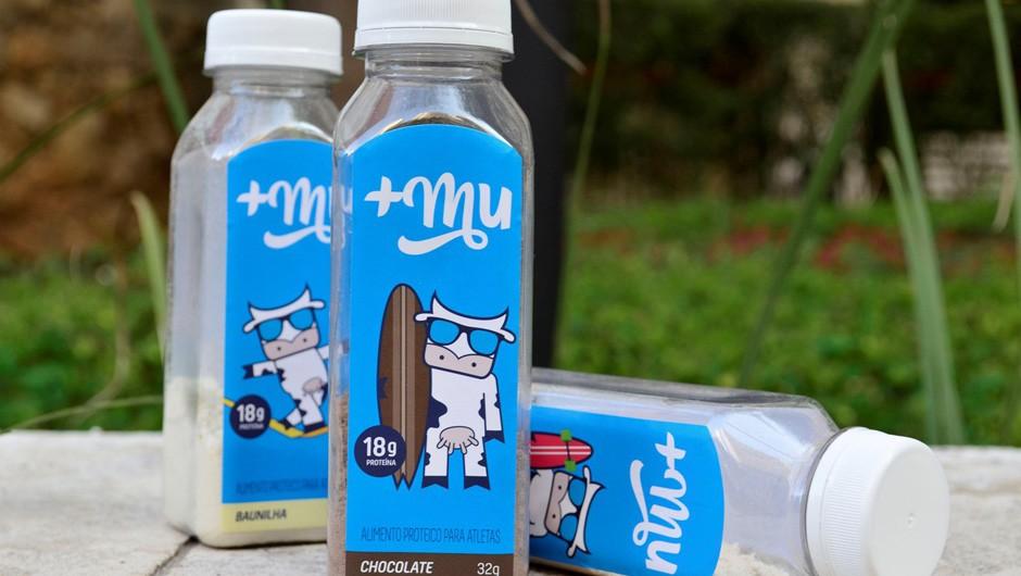 +MU: proteína do leite em pó nos sabores chocolate, baunilha e morango (Foto: Divulgação)