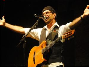 Músico Nando Cordel é uma das atrações da abertura do evento em Gravatá (Foto:  Andrea Gisele/Secom-JP)