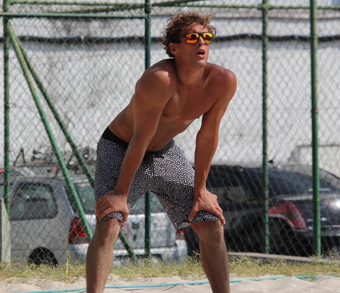 Felipe Roque revela que joga vôlei desde pequeno: 'Treinava com meu pai' (Foto: Letícia Souza/Gshow)