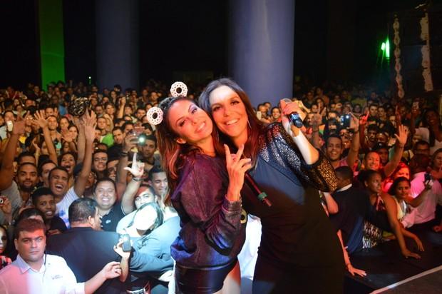 Alinne Rosa e Ivete Sangalo (Foto: Felipe Souto Maior / AgNews)