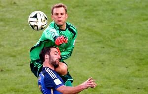 Manuel Neuer defesa final Alemanha x Argentina (Foto: Reuters)