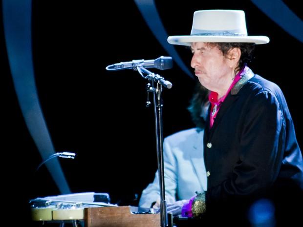 Bob Dylan estreia nos palcos do Vietnã com show em Ho Chi Minh neste domingo (10) (Foto: AP)